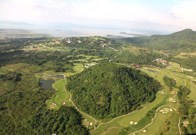 Ayala-Greenfield-Estates-Golf-Course-Aerial-View